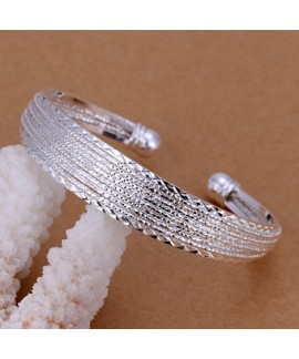 Classic European and American Style Silver - Plated Jacquard Bracelet